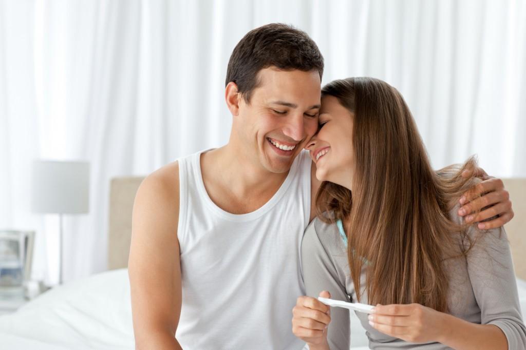 Các cặp vợ chồng đang cố gắng có con nên quan hệ tình dục theo khung giờ này sẽ đạt kết quả cao hơn cả - Ảnh 2.