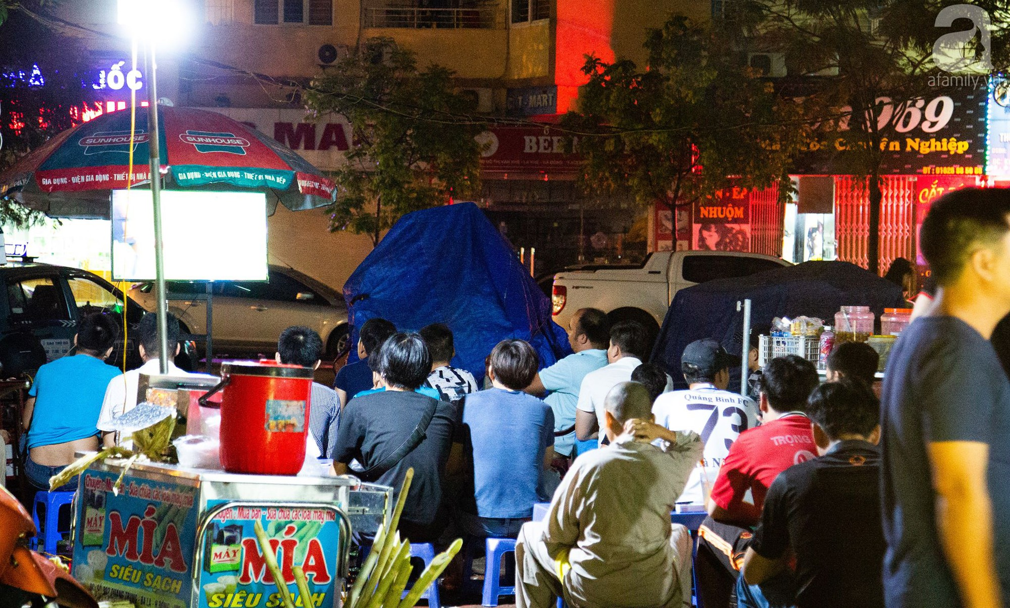 Chung kết World Cup, người Sài Gòn và Hà Nội háo hức trước trận cầu lịch sử giữa Pháp - Croatia - Ảnh 12.