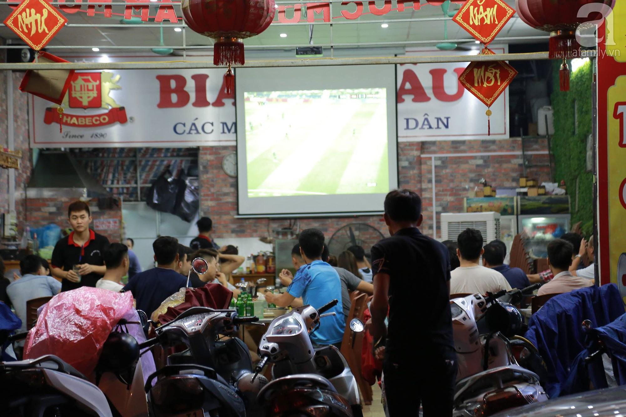 Chung kết World Cup, người Sài Gòn và Hà Nội háo hức trước trận cầu lịch sử giữa Pháp - Croatia - Ảnh 13.