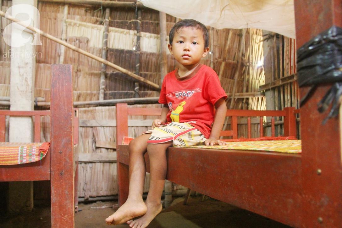 Không có tiền chữa bệnh, bé trai 10 tuổi bị u não cầu xin bố mẹ cho về nhà sống những ngày cuối cùng gia đình - Ảnh 13.