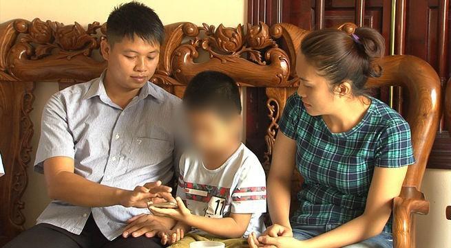 Từ câu chuyện về vụ trao nhầm con ở Bình Phước và Ba Vì: Hãy dành cho gia đình họ thời gian và sự tĩnh lặng cần thiết - Ảnh 6.