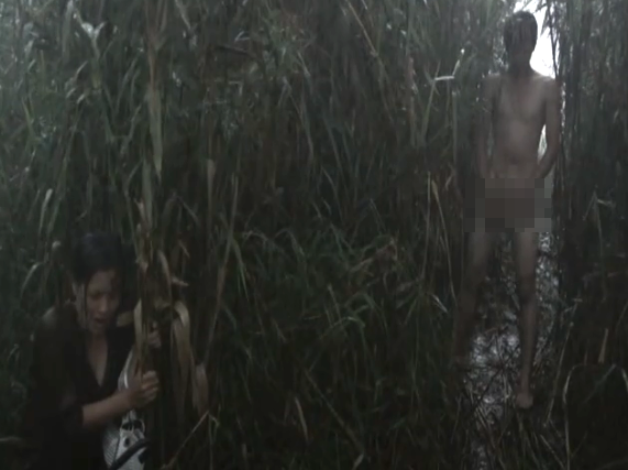 Vướng nghi án lộ ảnh nóng, cảnh phim trần như nhộng của Huỳnh Anh trong quá khứ cũng được đào mộ - Ảnh 1.