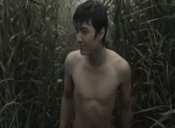 Vướng nghi án lộ ảnh nóng, cảnh phim trần như nhộng của Huỳnh Anh trong quá khứ cũng được đào mộ - Ảnh 2.