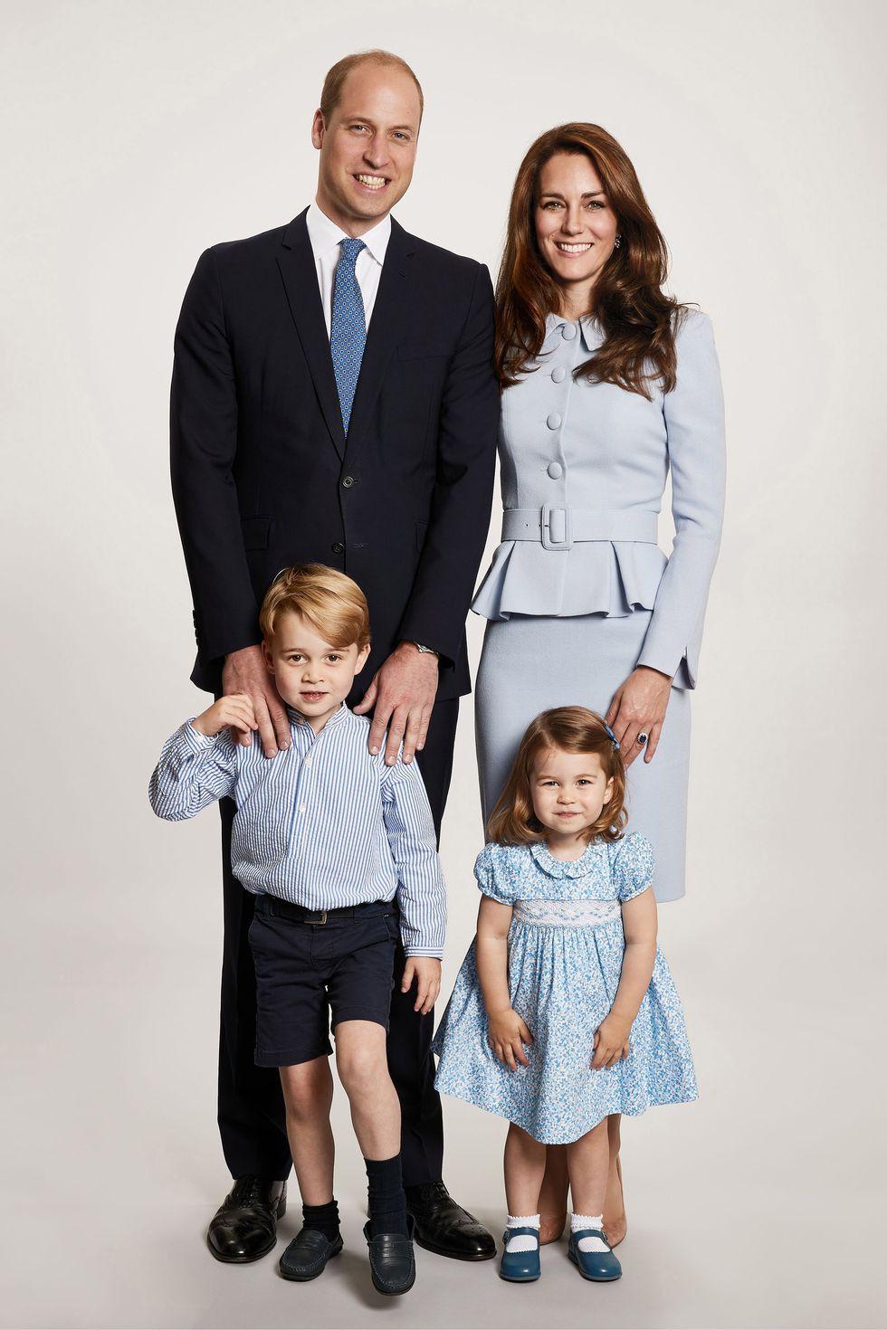 Xem 25 bức ảnh chân dung của Hoàng gia Anh, bạn sẽ hiểu thêm về 8 thế hệ của gia đình quyền lực này - Ảnh 22.