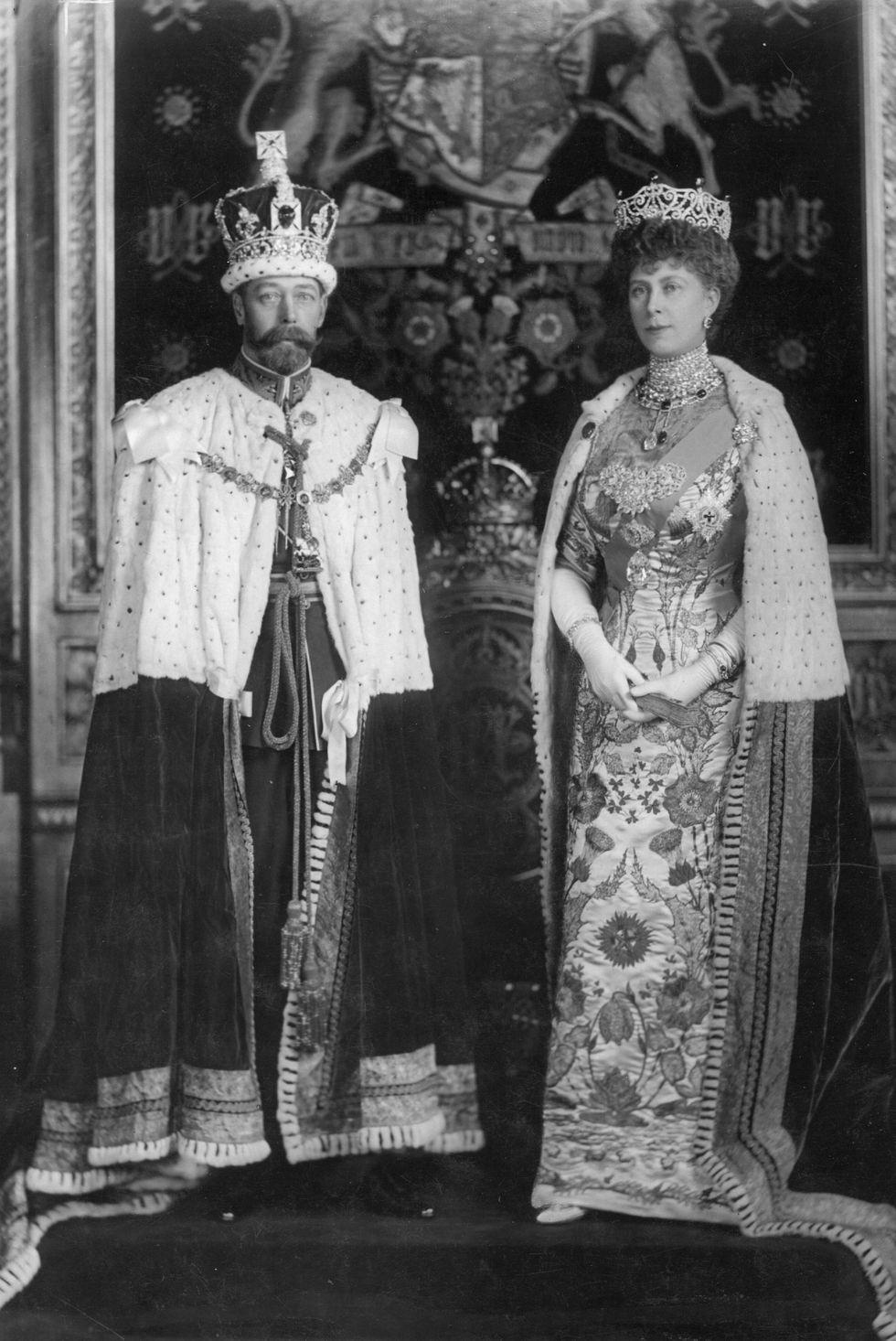 Xem 25 bức ảnh chân dung của Hoàng gia Anh, bạn sẽ hiểu thêm về 8 thế hệ của gia đình quyền lực này - Ảnh 3.