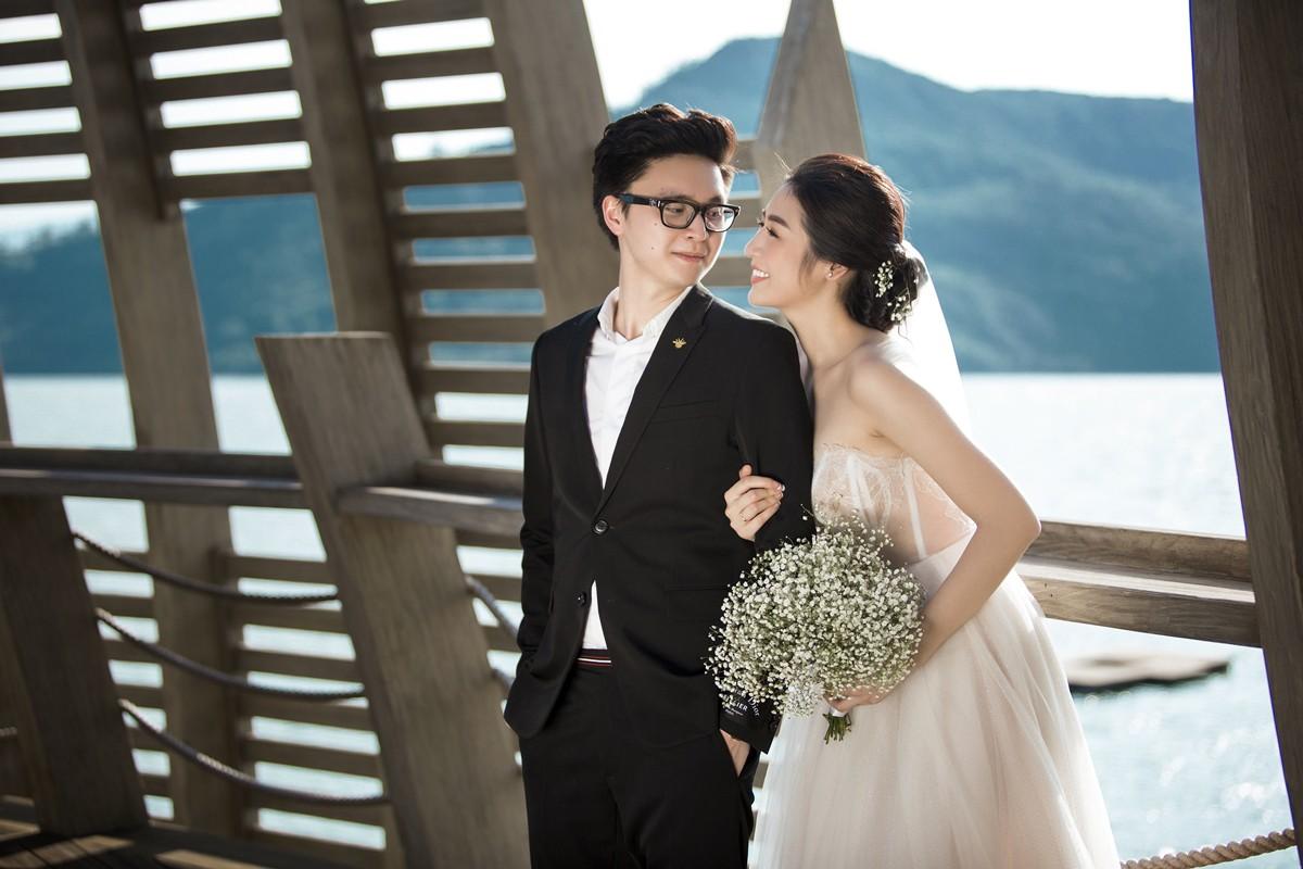 Trước ngày cưới 2 ngày, Á hậu Tú Anh khoe loạt ảnh cưới sang chảnh ngoài biển - Ảnh 3.
