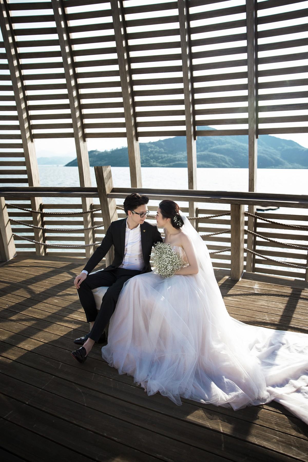 Trước ngày cưới 2 ngày, Á hậu Tú Anh khoe loạt ảnh cưới sang chảnh ngoài biển - Ảnh 4.