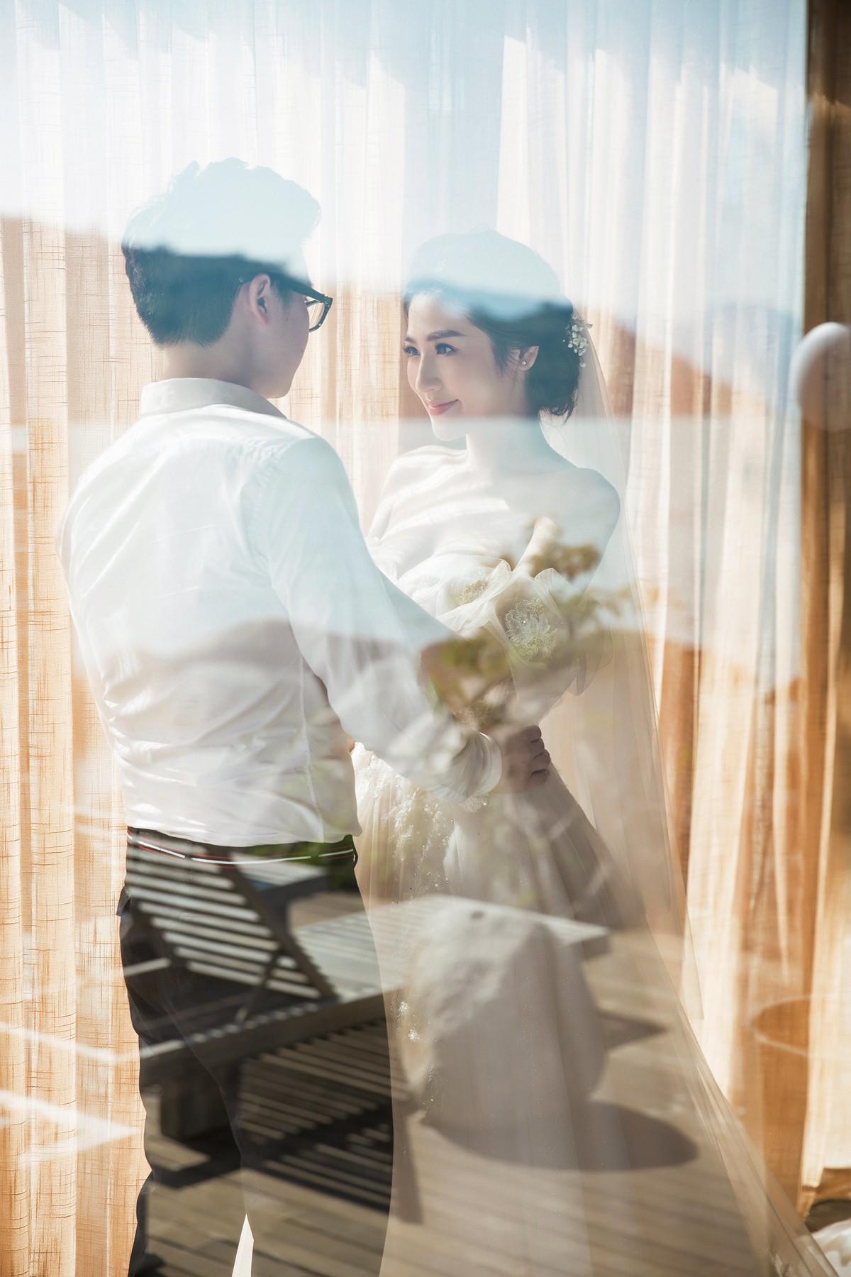 Trước ngày cưới 2 ngày, Á hậu Tú Anh khoe loạt ảnh cưới sang chảnh ngoài biển - Ảnh 13.