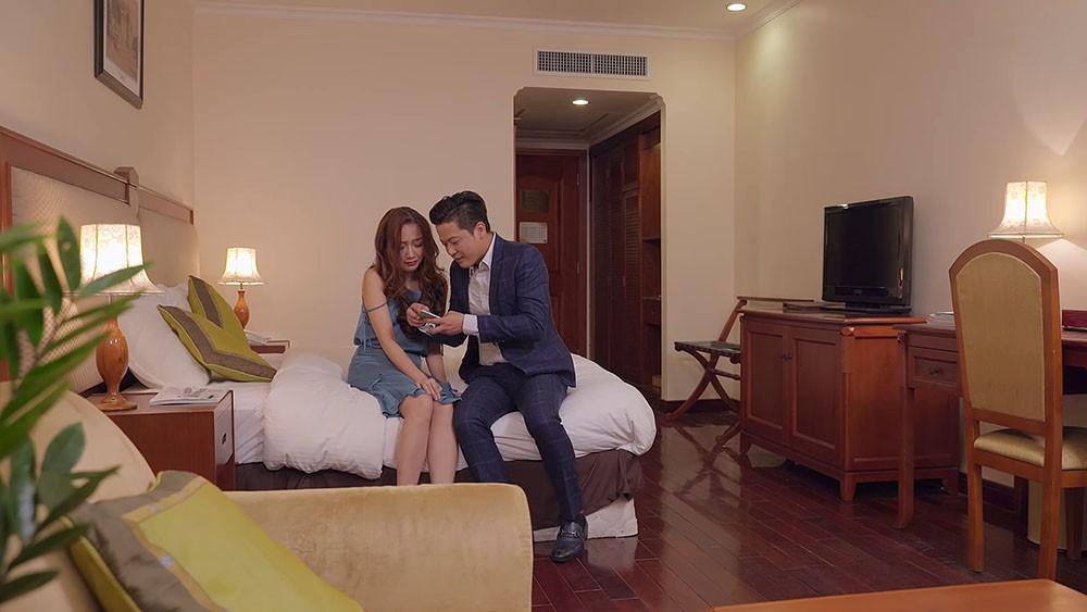 Gạo nếp gạo tẻ: Công gây phẫn nộ đỉnh điểm khi quay clip mắng chửi vợ trước cả thiên hạ để dỗ ngọt nhân tình - Ảnh 8.