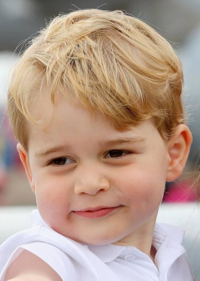 Hơn 40 bức ảnh ghi lại những khoảnh khắc cực đáng yêu cho thấy hành trình lớn lên của Hoàng tử George trong 5 năm đầu đời - Ảnh 22.