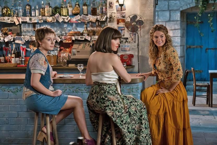 Vì sao Mamma Mia! Yêu Lần Nữa chưa bao giờ hạ nhiệt sau 10 năm vắng bóng - Ảnh 3.
