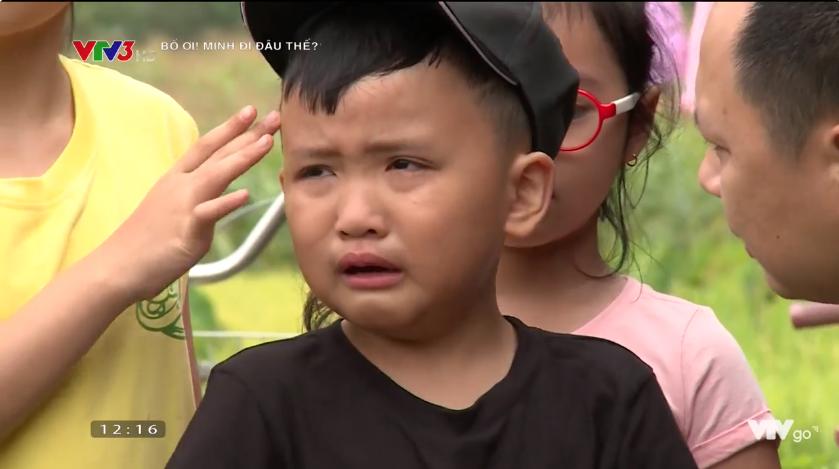 Bố ơi: Nguyễn Hải Phong mặt méo xệch khi bị lừa chạm vào... con ếch - Ảnh 3.