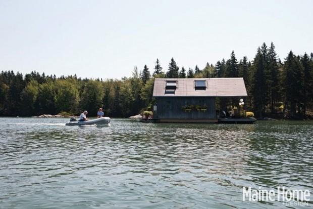 Dành 10 năm xây túp lều tranh nổi trên mặt nước, cặp vợ chồng định cho thuê nhưng vì nhà xinh quá nên đổi ý dọn vào sống - Ảnh 1.