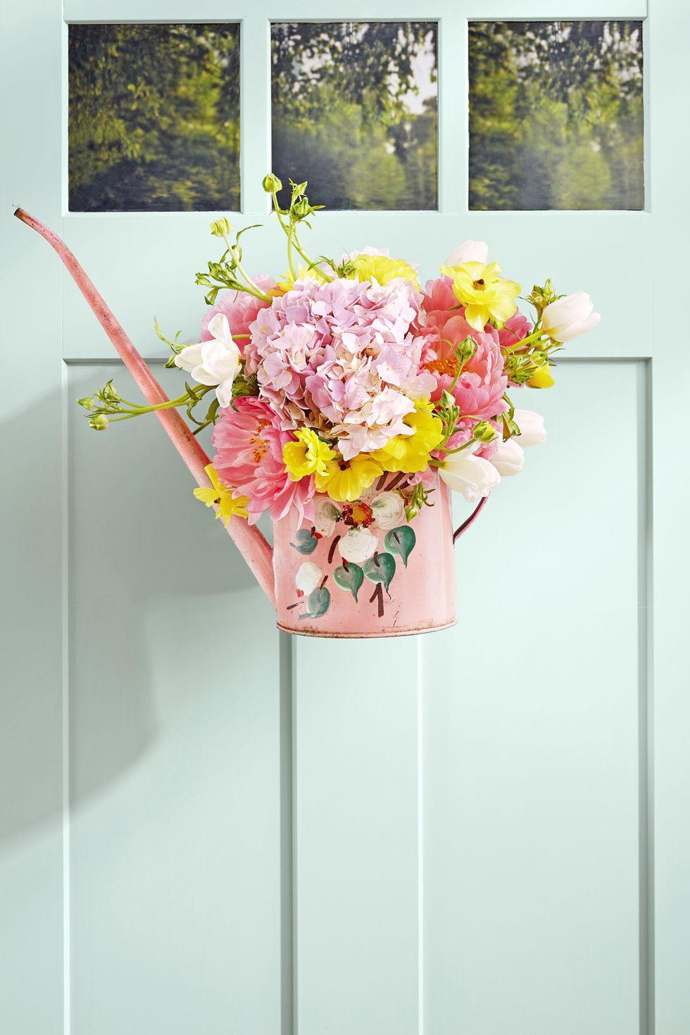 9 cách tận dụng đồ cũ làm hoa treo vừa xinh đẹp vừa tiết kiệm để trang trí trước cửa nhà   - Ảnh 3.