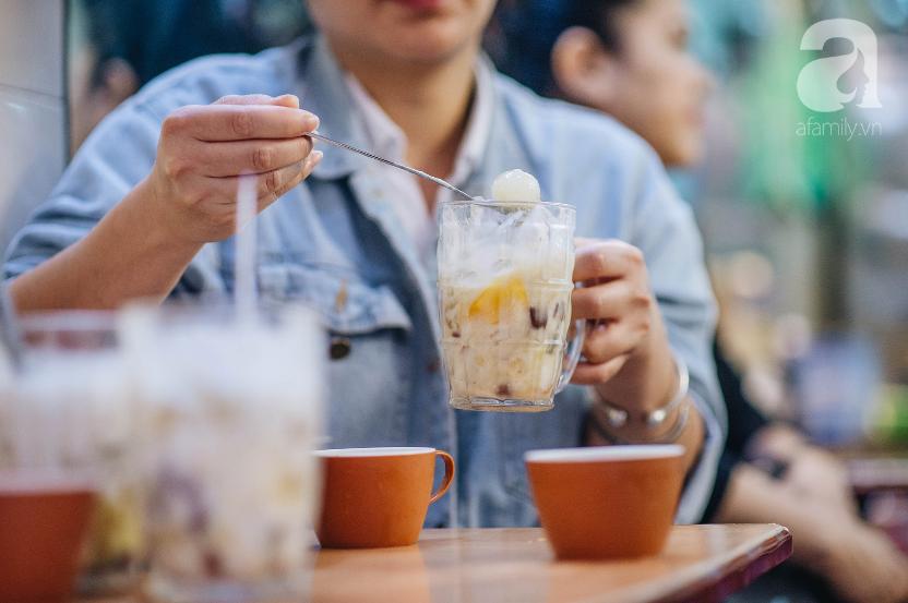 Bán món bình dân, nhưng giá cả của 5 quán ăn Hà Nội này sẽ khiến nhiều người bất ngờ khi lần đầu ghé đến - Ảnh 8.