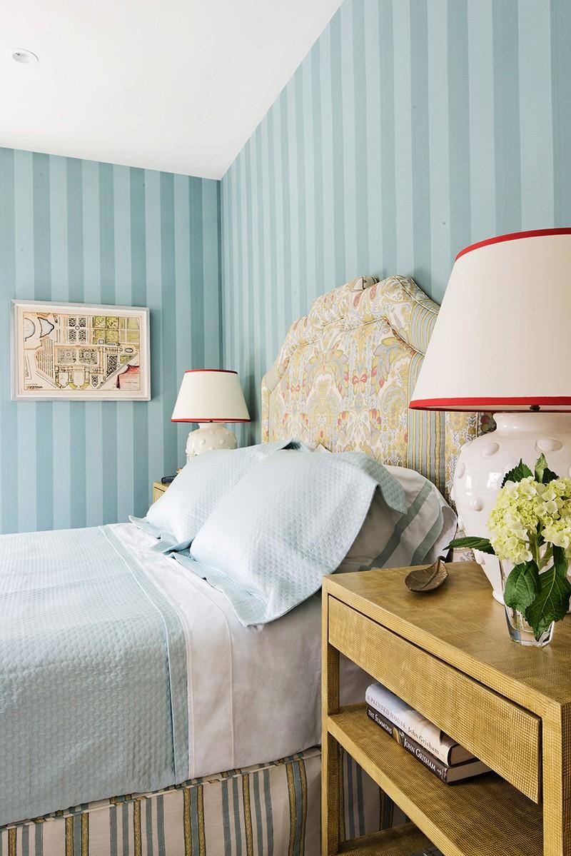 Những mẫu giấy dán tường siêu ấn tượng để bạn lựa chọn cho phòng ngủ gia đình - Ảnh 2.