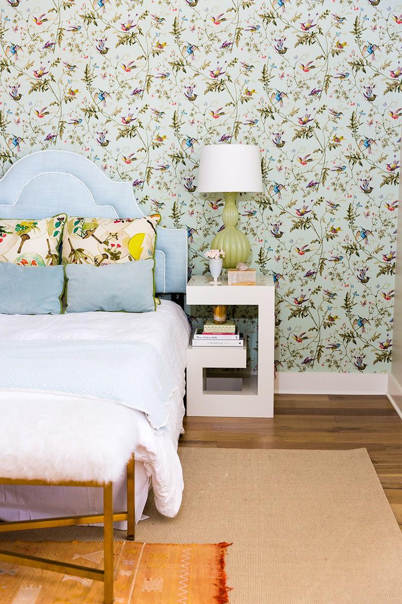 Những mẫu giấy dán tường siêu ấn tượng để bạn lựa chọn cho phòng ngủ gia đình - Ảnh 3.