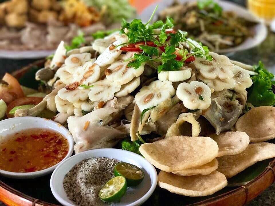 Ở vùng miệt vườn cách Sài Gòn không xa có một món gỏi vô cùng độc đáo làm từ quả măng cụt, bạn đã thử chưa? - Ảnh 4.