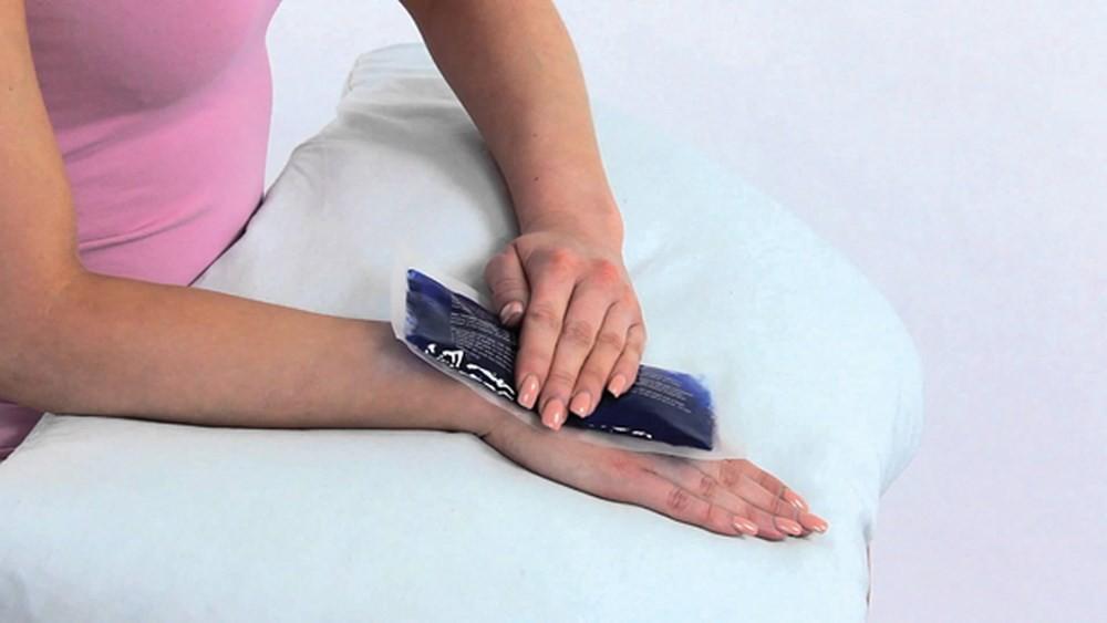 Phân biệt bong gân cổ tay và gãy xương cổ tay để xác định cần phải nhập viện hay không chính xác nhất! - Ảnh 3.