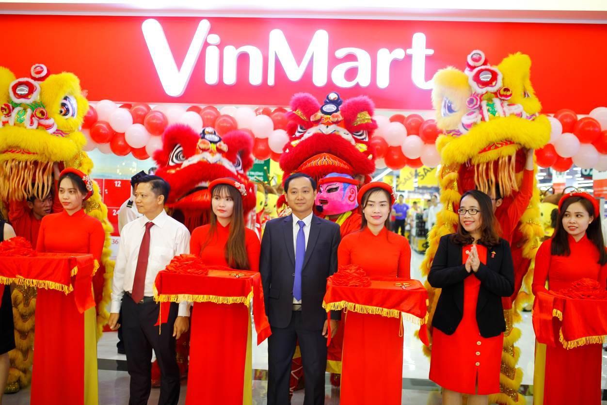 VinMart trong tòa nhà cao nhất Việt Nam: Khi siêu thị không chỉ đẹp, tiện lợi mà còn là sân chơi cho cả gia đình - Ảnh 1.