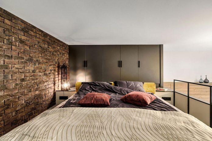 Chỉ nhờ 1 bí quyết, căn phòng 35m² trở thành căn hộ nhỏ có không gian thoáng đãng và lôi cuốn đến khó tin - Ảnh 8.