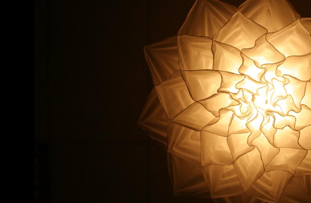 Đèn chùm đa năng giúp căn phòng nở hoa, khiến khách đến nhà trầm trồ không ngớt - Ảnh 5.
