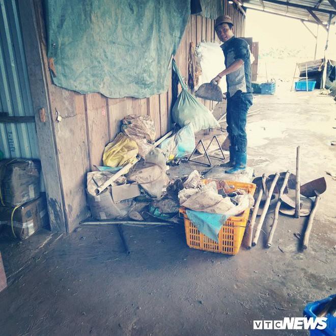 Ảnh: Cảnh hoang tàn tại nơi ở của người Việt sau thảm họa vỡ đập thủy điện ở Lào - Ảnh 1.