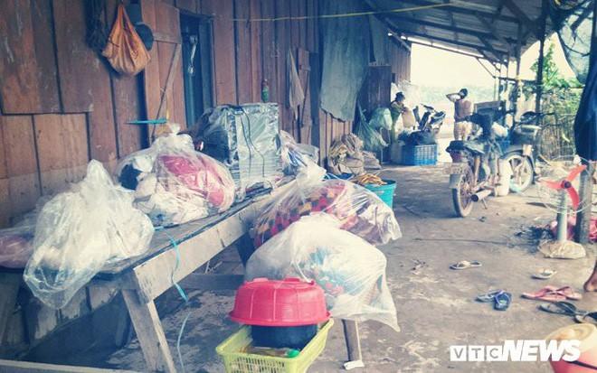 Ảnh: Cảnh hoang tàn tại nơi ở của người Việt sau thảm họa vỡ đập thủy điện ở Lào - Ảnh 14.