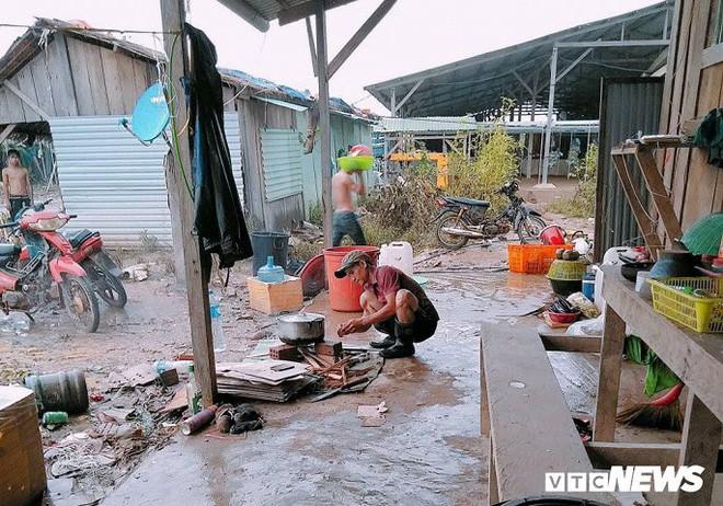 Ảnh: Cảnh hoang tàn tại nơi ở của người Việt sau thảm họa vỡ đập thủy điện ở Lào - Ảnh 4.