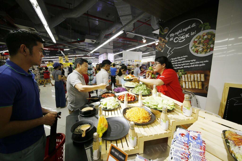 VinMart trong tòa nhà cao nhất Việt Nam: Khi siêu thị không chỉ đẹp, tiện lợi mà còn là sân chơi cho cả gia đình - Ảnh 10.