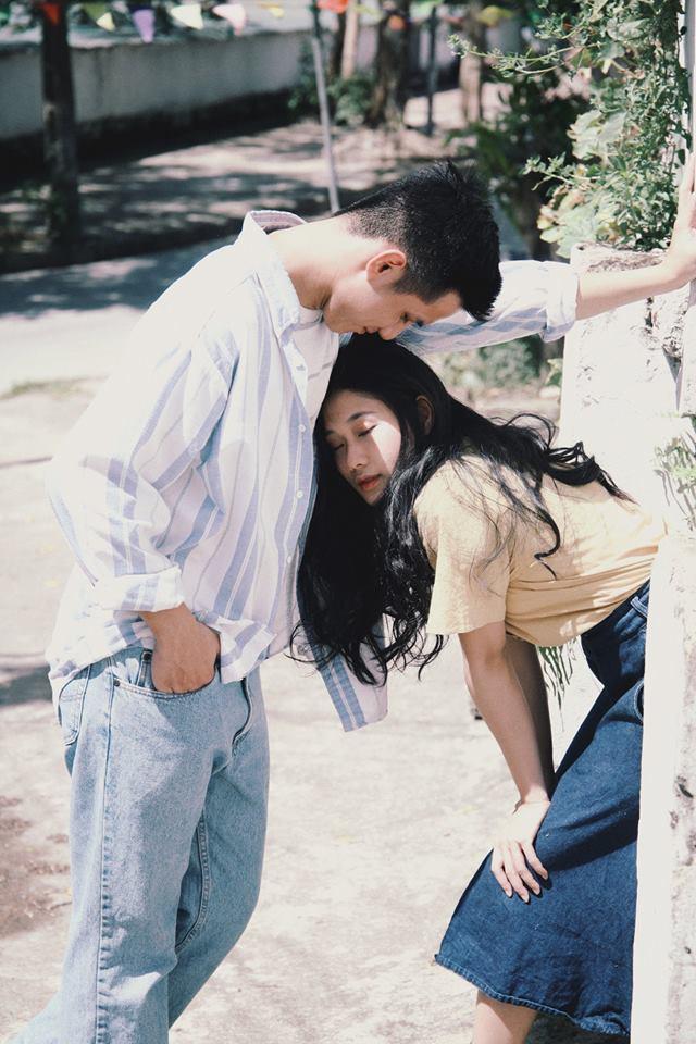 Bất chấp nhiệt độ trên 40 độ C, bộ ảnh style thập niên 90... với váy áo, điểm trang giản đơn vẫn đẹp muốn xỉu vì quá đỗi dịu dàng - Ảnh 10.