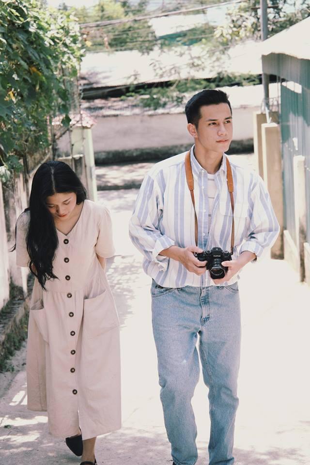 Bất chấp nhiệt độ trên 40 độ C, bộ ảnh style thập niên 90... với váy áo, điểm trang giản đơn vẫn đẹp muốn xỉu vì quá đỗi dịu dàng - Ảnh 8.