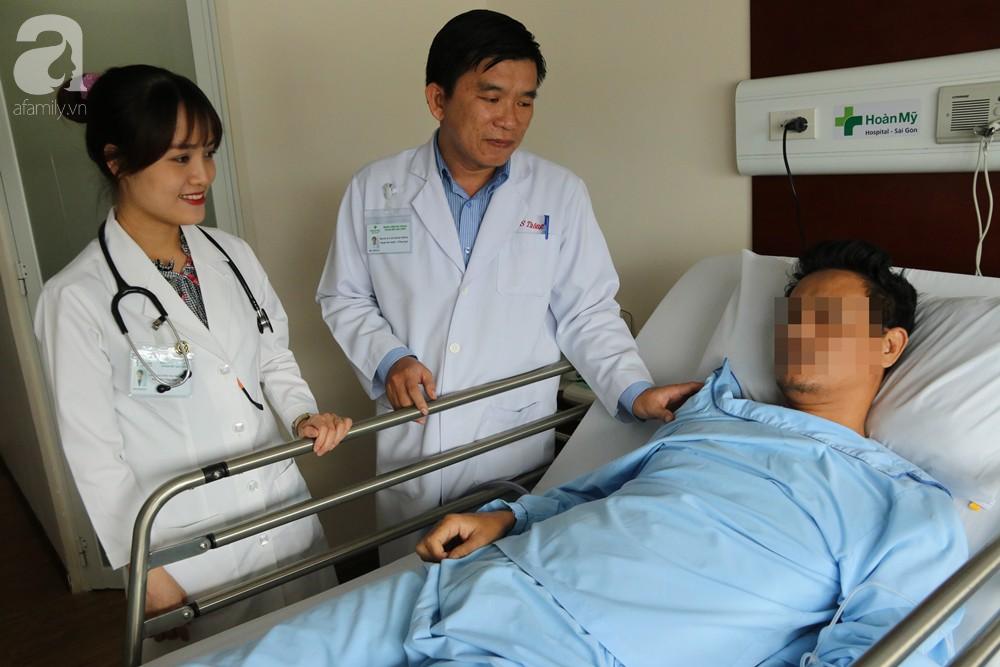 Hóc xương cá nhưng không điều trị dứt điểm, 5 năm sau người đàn ông phải cắt bỏ nửa lá phổi - Ảnh 3.