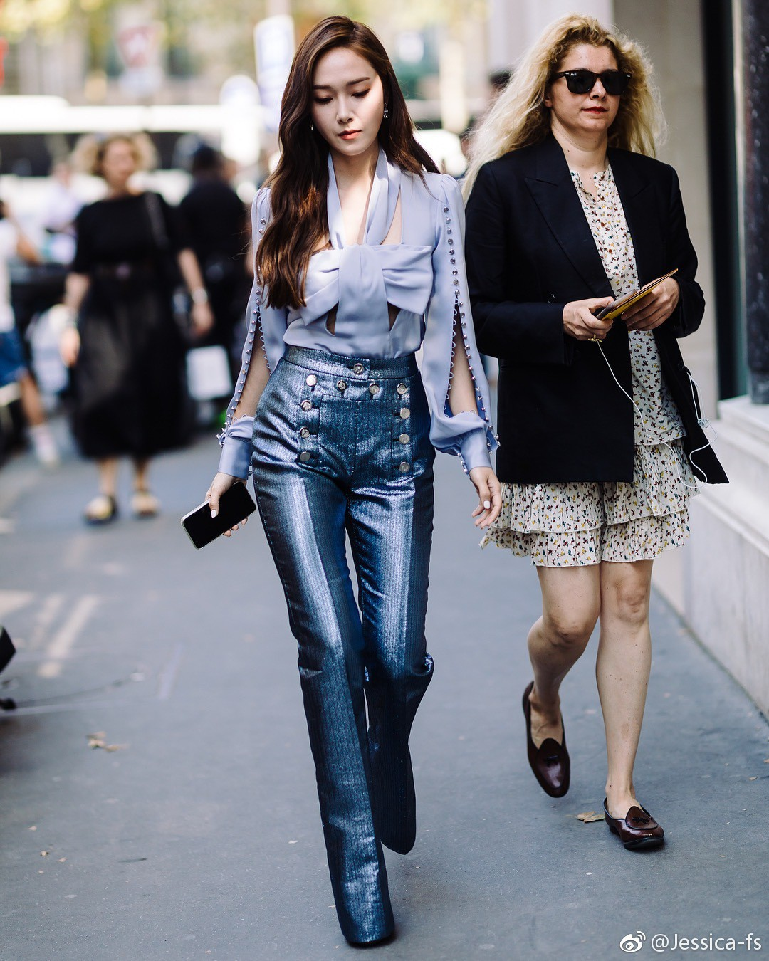 Jessica Jung khoe nhan sắc trong veo và gu thời trang đẳng cấp tại show diễn thời trang - Ảnh 2.