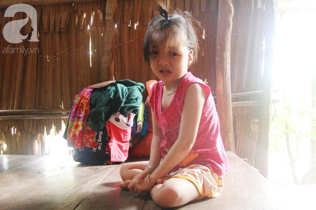 Phép màu đến với bé gái 7 tuổi bị não úng thủy, lết theo mẹ xin cơm ăn mỗi ngày mà không có tiền chữa bệnh - Ảnh 3.