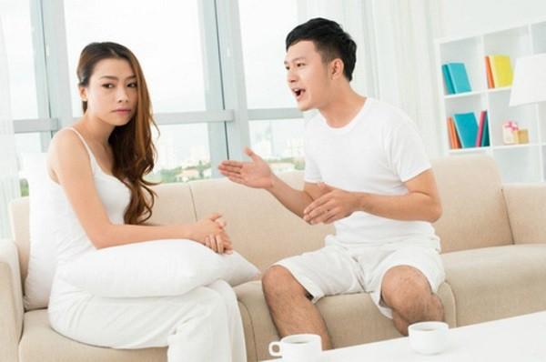 Ngỡ gặp được đúng người, đúng thời điểm, ai ngờ hôn nhân bỗng chốc rơi xuống vực thẳm sau lời đề nghị của chồng  - Ảnh 2.