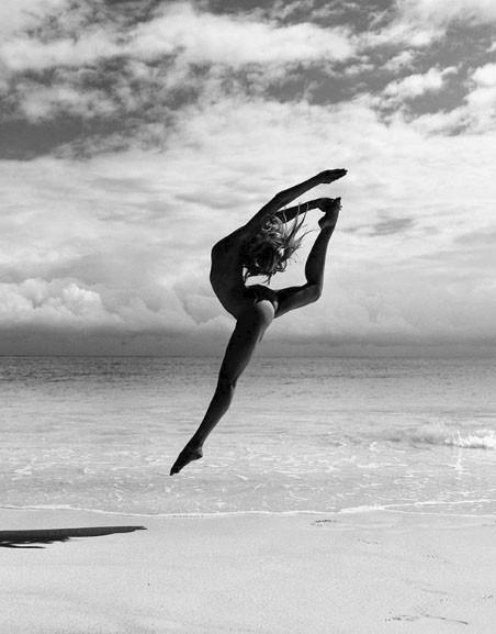 Chia sẻ của người đẹp tập yoga khỏa thân đang gây sốt trên mạng xã hội và thông điệp tuyệt vời mà cô muốn truyền tải - Ảnh 8.
