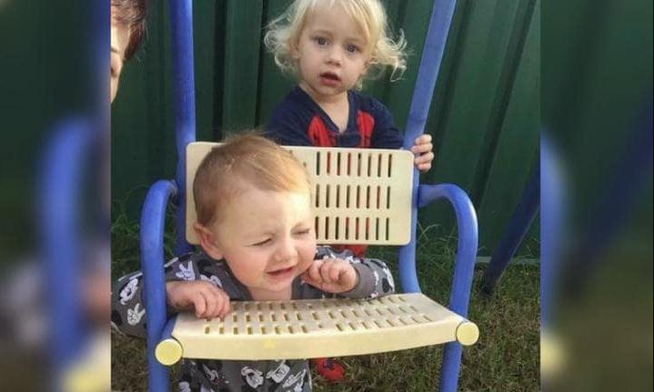 """Cha mẹ hãy """"cảnh giác"""" bởi chỉ cần 1 phút lơ là, bọn trẻ có thể """"phá"""" tan hoang nhà cửa   - Ảnh 4."""