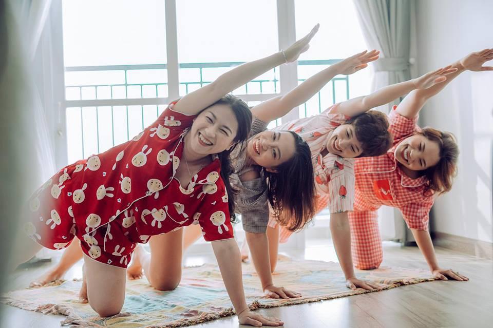 Từng nhiều lần nghỉ chơi, sau cùng 4 cô nàng này vẫn quyết định quay về bên nhau và thực hiện bộ ảnh kỷ niệm 20 năm tình bạn - Ảnh 10.