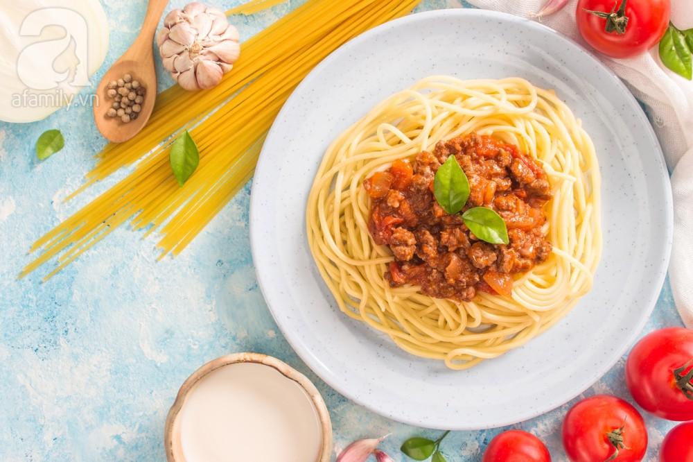 Bữa trưa đổi món với mì Ý bò bằm làm nhanh ăn ngon - Ảnh 5.