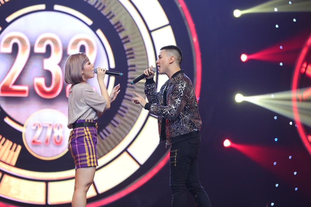 """Sau ồn ào bị người yêu cũ lừa đảo, Liêu Hà Trinh khiến khán giả chao đảo với hit """"Em gái mưa"""" - Ảnh 8."""