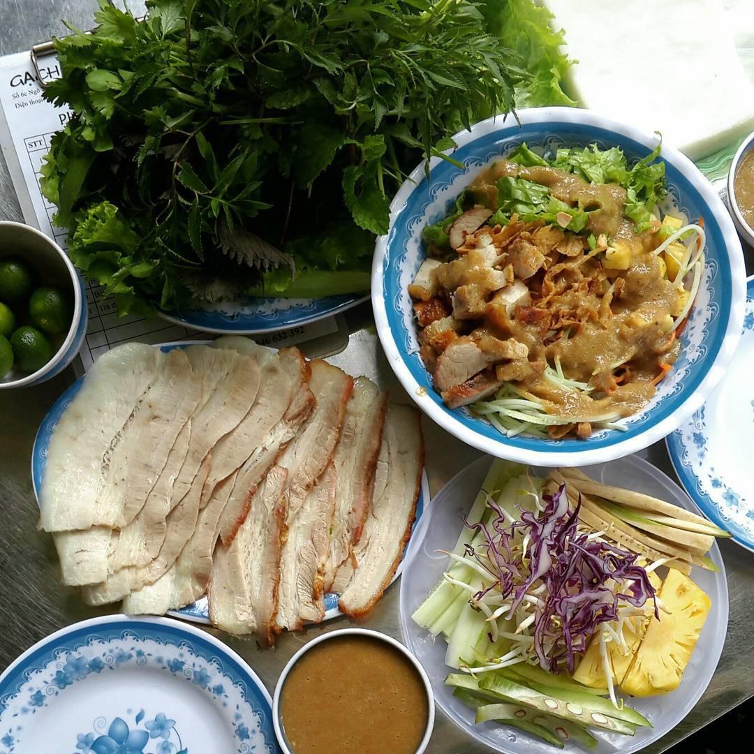 4 địa chỉ bánh tráng cuốn thịt heo ngon, giá bình dân cho những ngày Hà Nội mưa nắng thất thường - Ảnh 7.
