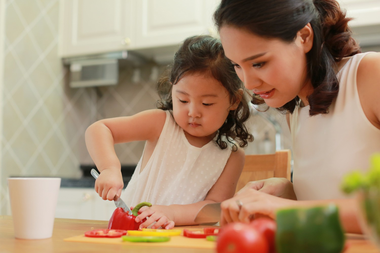 Thay vì ép con ăn, đây là cách các mẹ Nhật áp dụng để trẻ hay ăn chóng lớn - Ảnh 1.