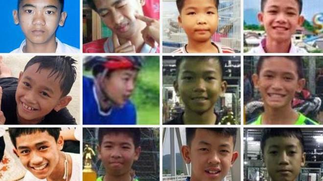 Đội bóng Thái mắc kẹt: thêm 4 cậu bé được đưa ra ngoài, khép lại ngày giải cứu thứ 2  - Ảnh 14.