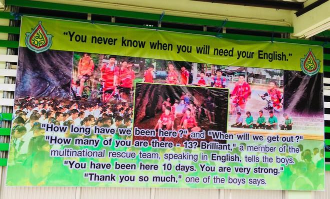 Đội bóng Thái mắc kẹt: thêm 4 cậu bé được đưa ra ngoài, khép lại ngày giải cứu thứ 2  - Ảnh 18.