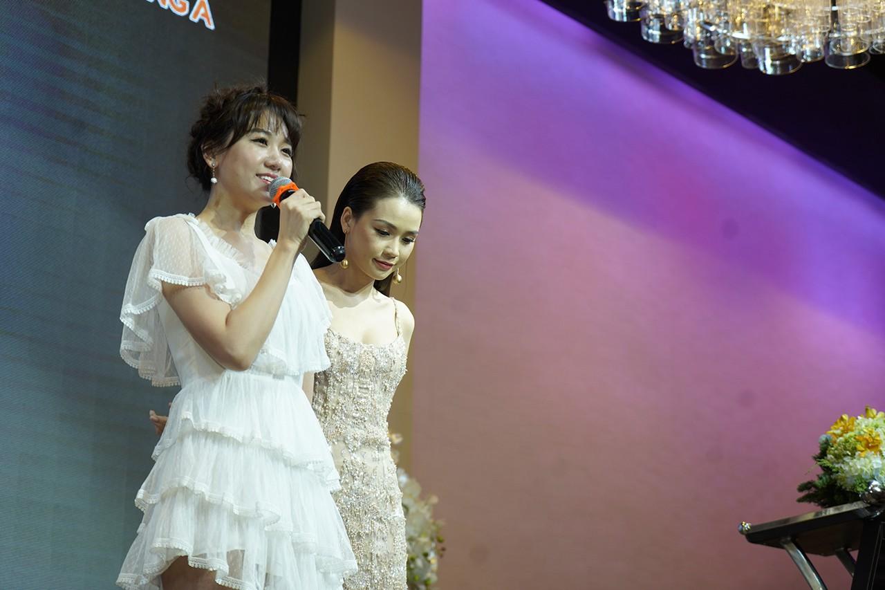 Hari Won hé lộ lý do làm MC chung với Trấn Thành dù nói tiếng Việt không tốt - Ảnh 3.