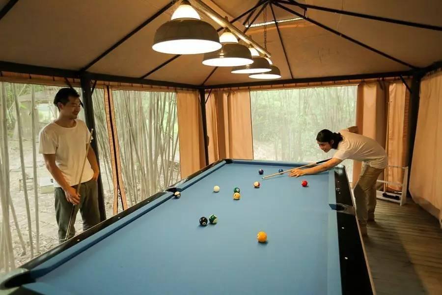 Với 33 triệu đồng, hai chàng trai trẻ đã tự tay xây ngôi nhà nhỏ đẹp lãng mạn giữa rừng tre trúc - Ảnh 9.