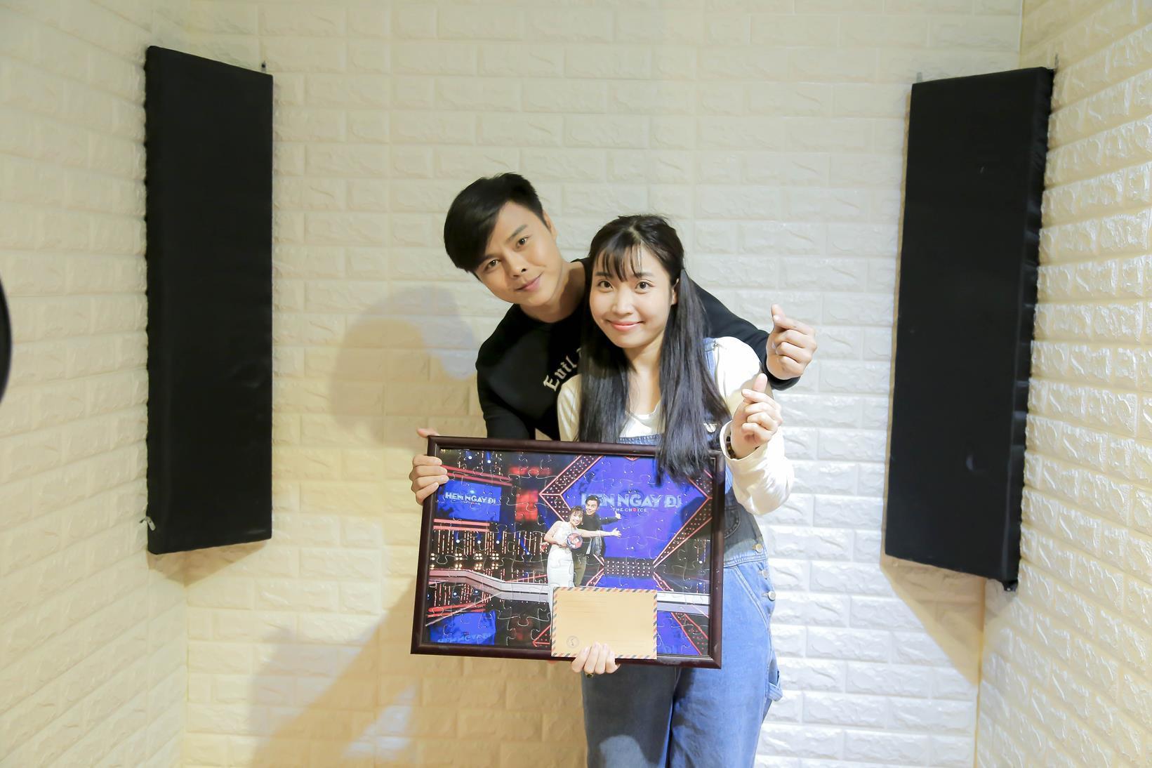 Vừa mới công khai bạn gái, Huỳnh Anh đã vui vẻ đi ăn với người đẹp khác - Ảnh 6.