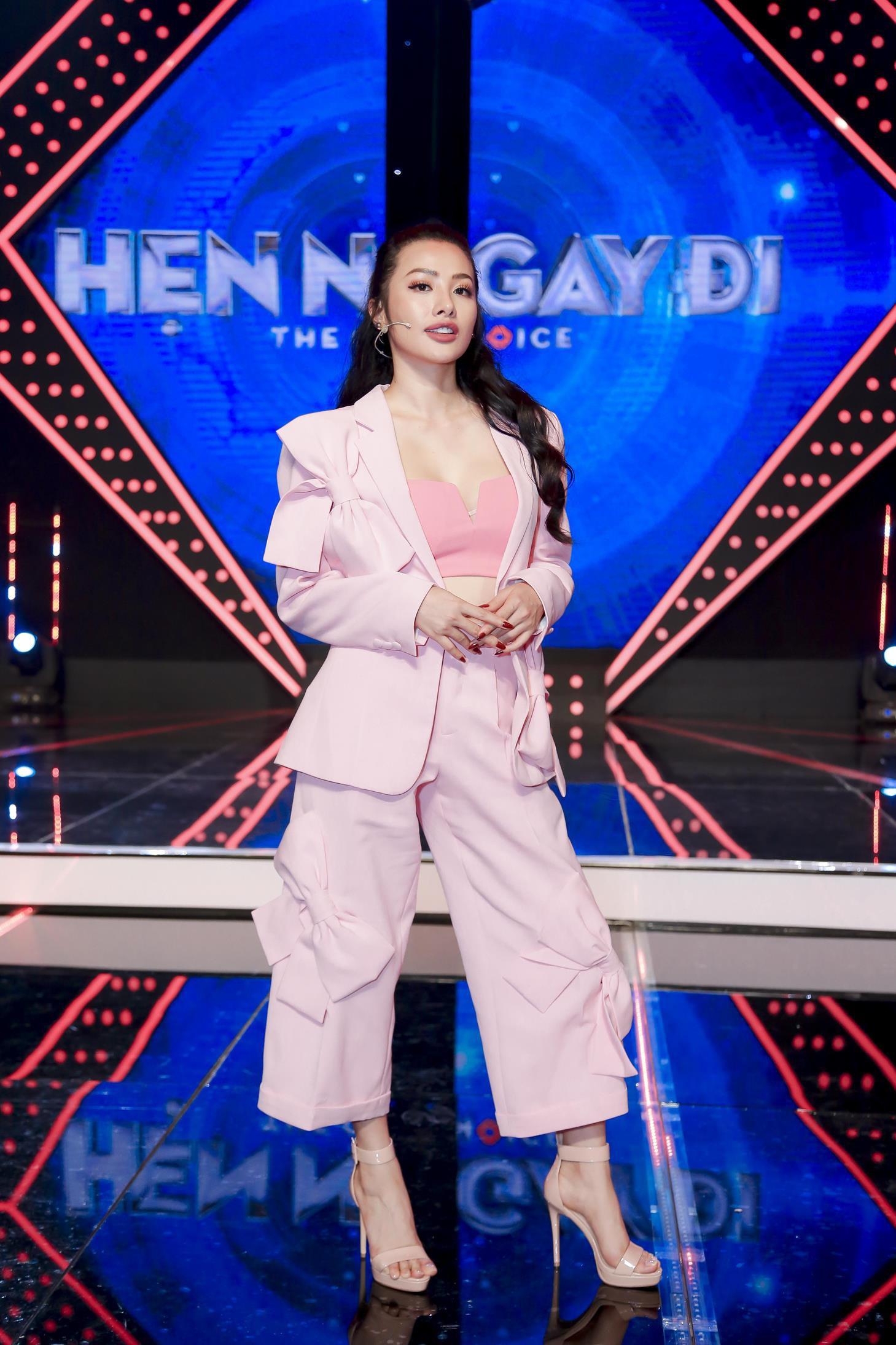 Vừa mới công khai bạn gái, Huỳnh Anh đã vui vẻ đi ăn với người đẹp khác - Ảnh 11.