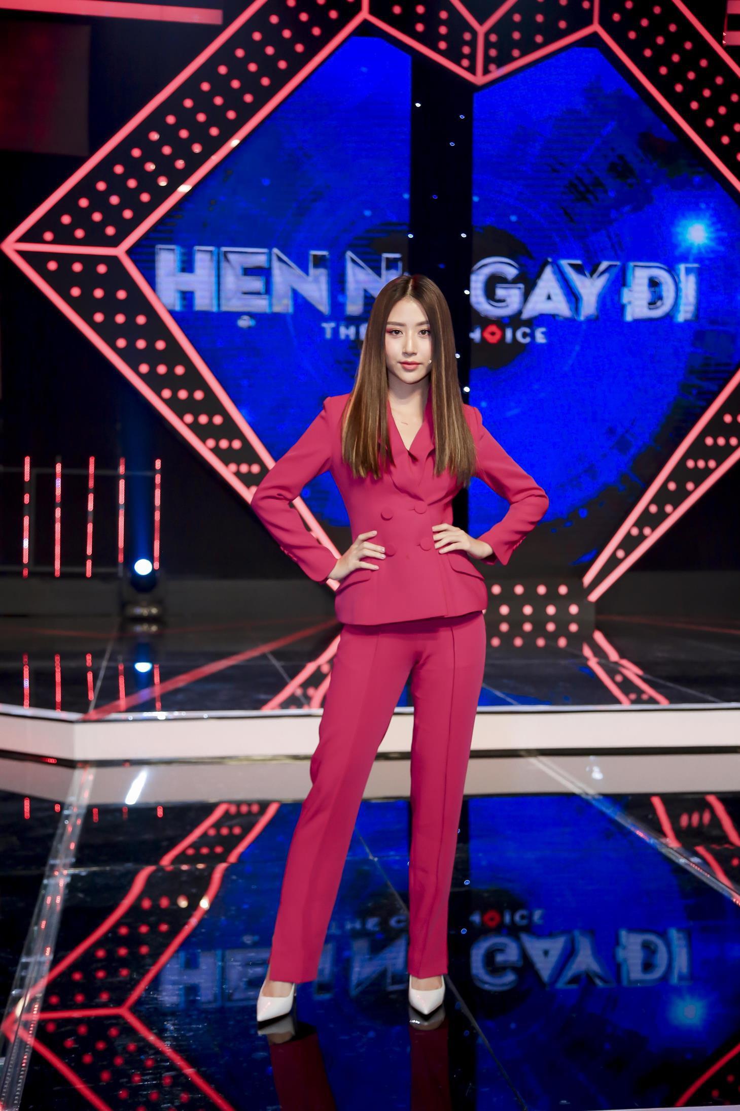 Vừa mới công khai bạn gái, Huỳnh Anh đã vui vẻ đi ăn với người đẹp khác - Ảnh 8.